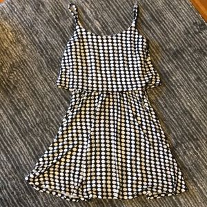 Dresses & Skirts - Fun dress with black and white pattern